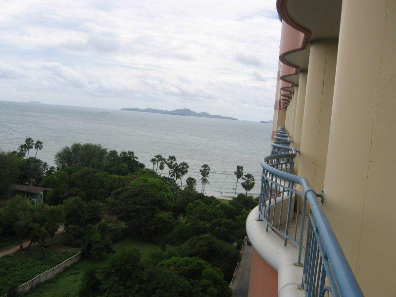 Hotel Long Beach Garden Spa Pattaya Thailand Prices And Booking