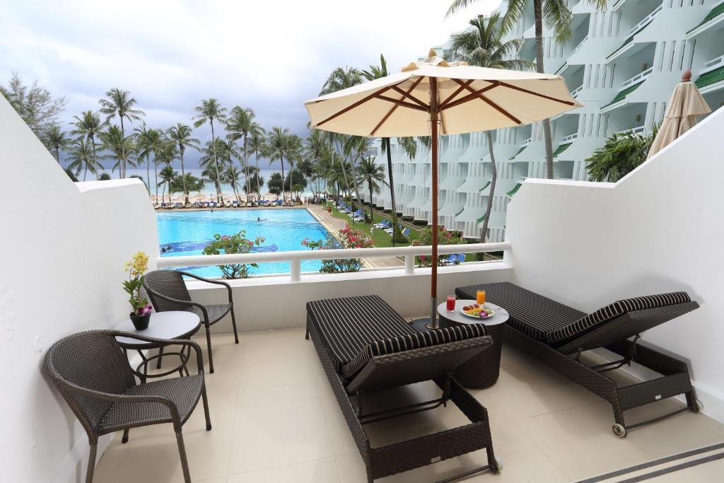 hotel le meridien phuket resort phuket thailand prices and booking