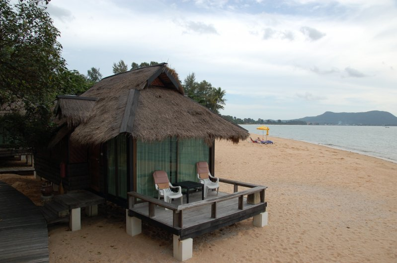 Hotel Sunset Village Beach Resort Pattaya Thailand Prices